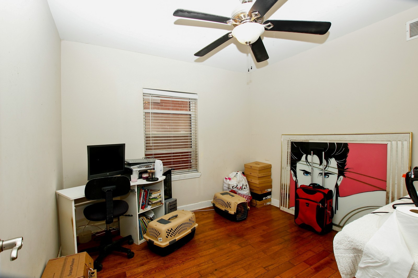 Real Estate Photography - 4325 S Vernon, Chicago, IL, 60653 - 2nd Bedroom