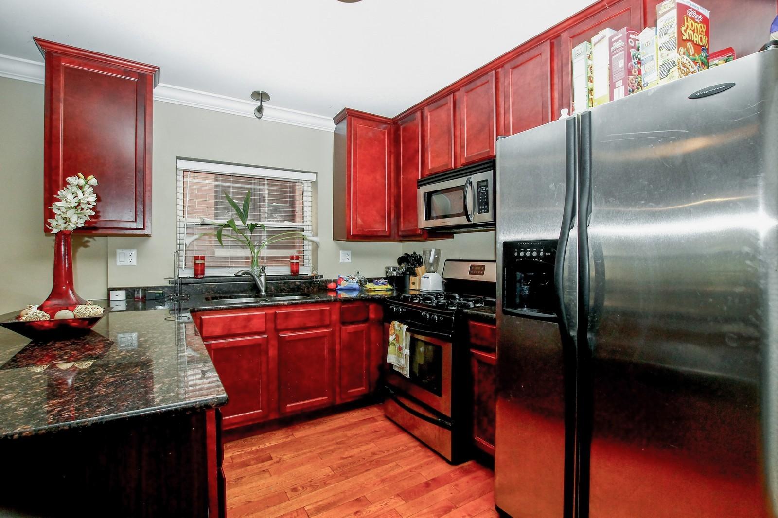 Real Estate Photography - 4325 S Vernon, Chicago, IL, 60653 - Kitchen