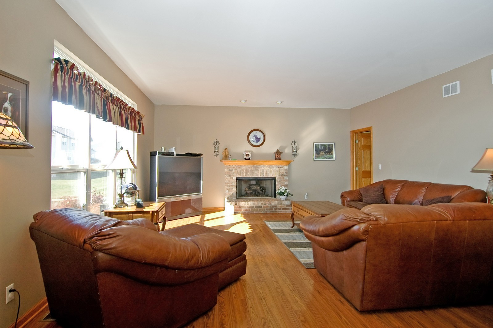 Real Estate Photography - 1353 Boxwood, Crystal Lake, IL, 60014 - Family Room