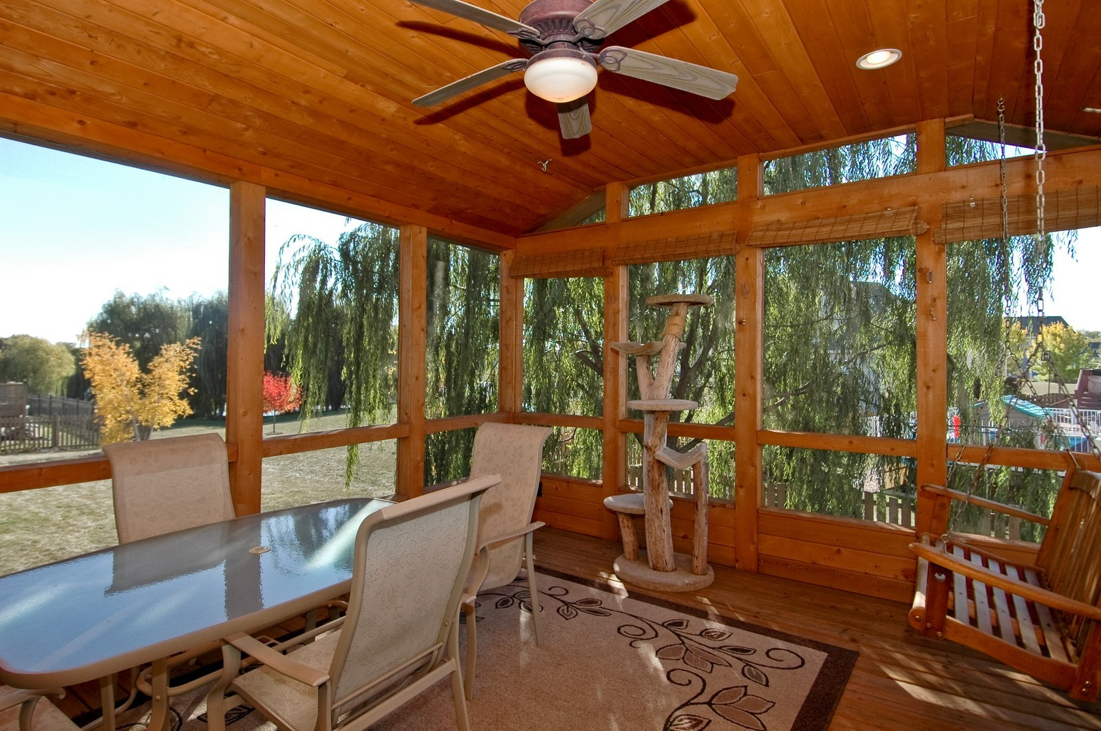 Real Estate Photography - 1353 Boxwood, Crystal Lake, IL, 60014 - Screened Deck