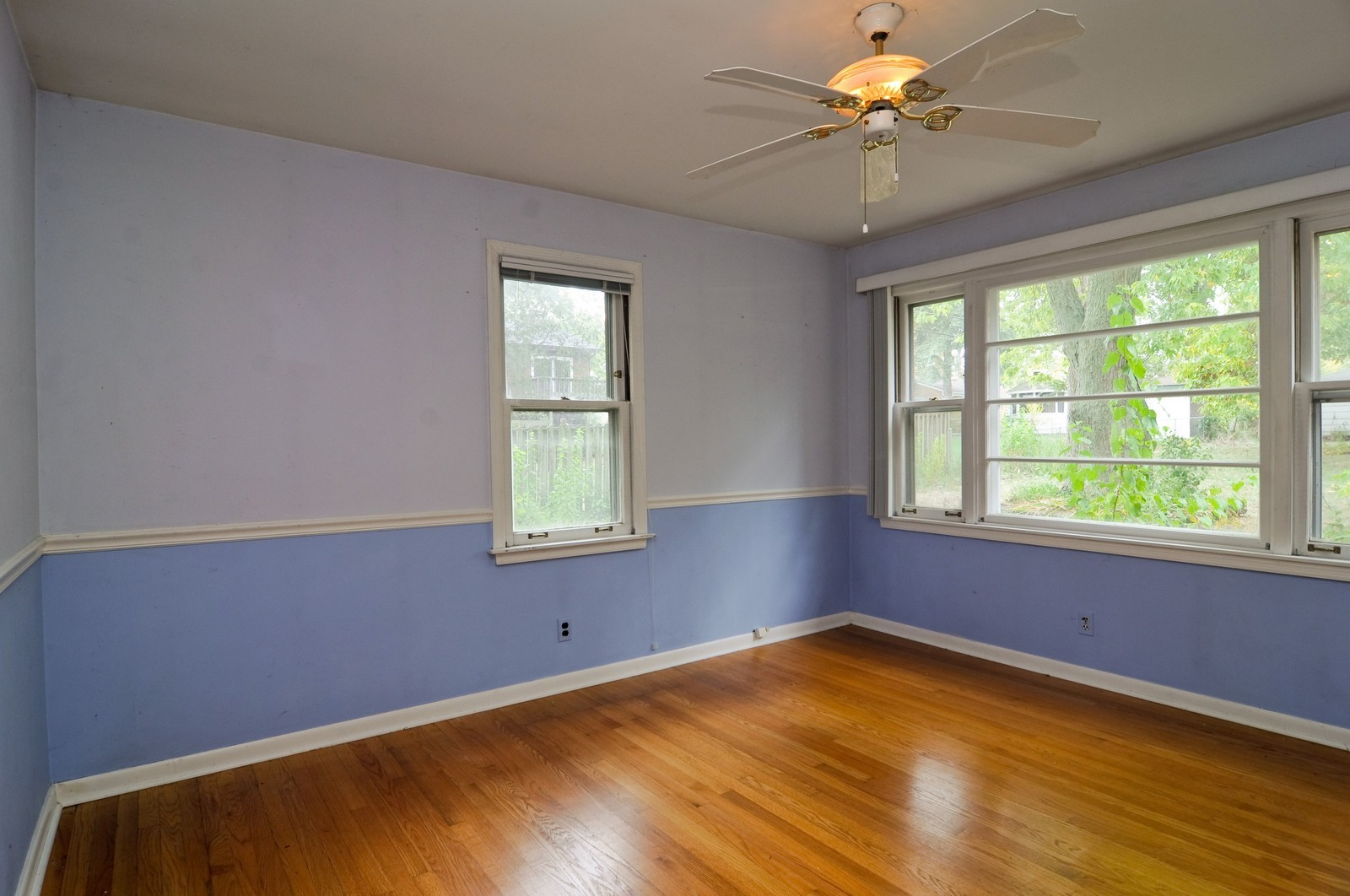 Real Estate Photography - 6714 Silver Lake, Cary, IL, 60013 - Master Bedroom