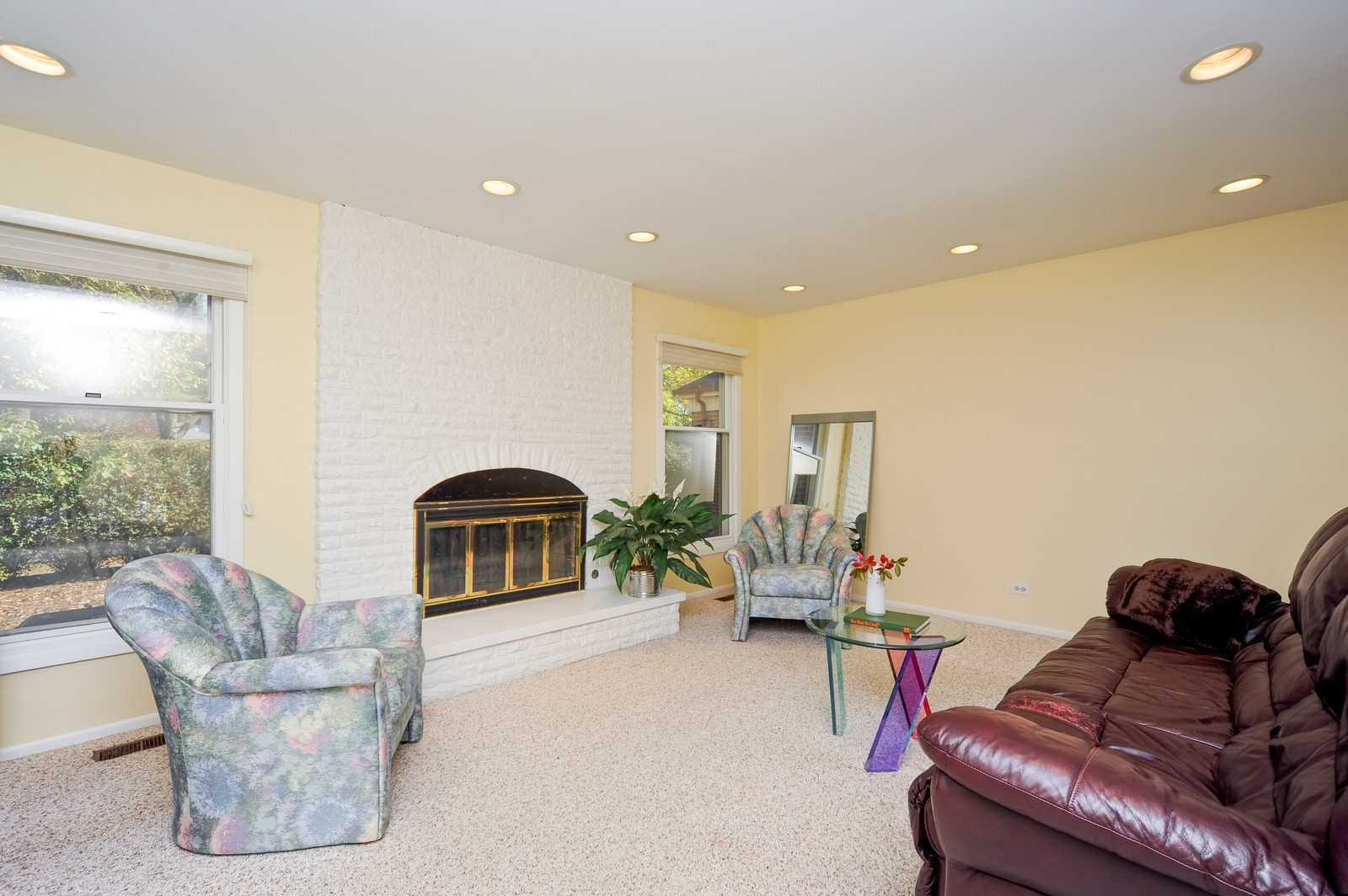 Real Estate Photography - 1371 Greenbay Rd, Highland Park, IL, 60035 - Family Room