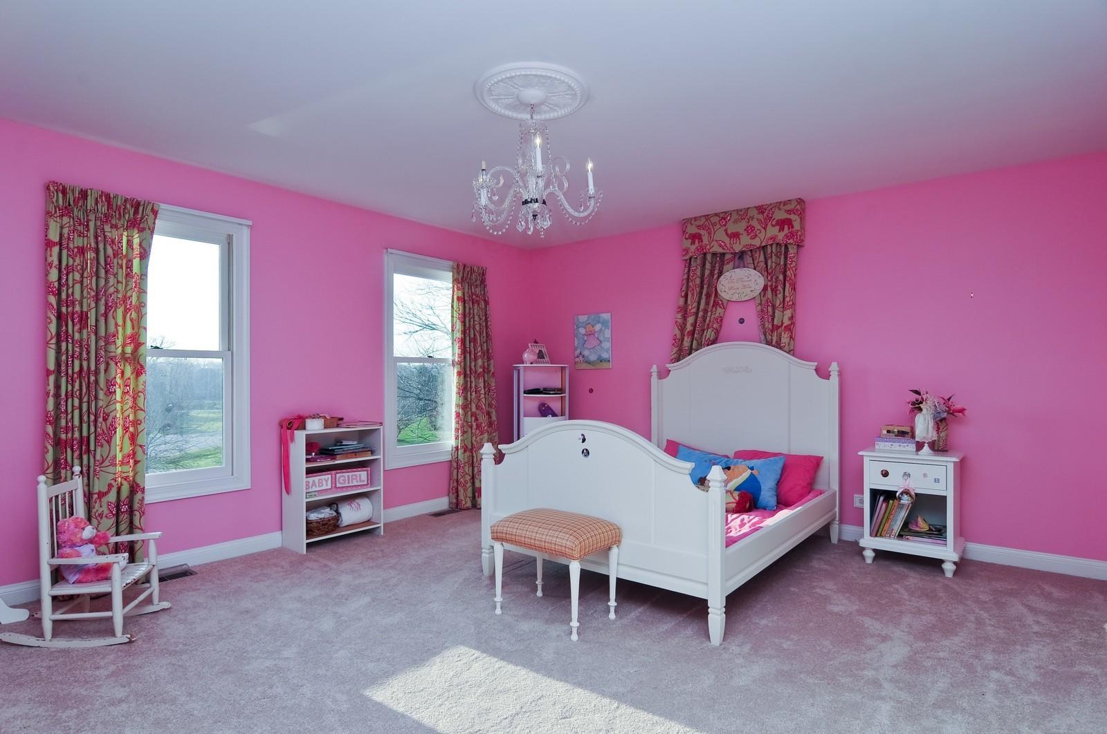 Real Estate Photography - 2091 Trenton, Libertyville, IL, 60048 - 4th Bathroom