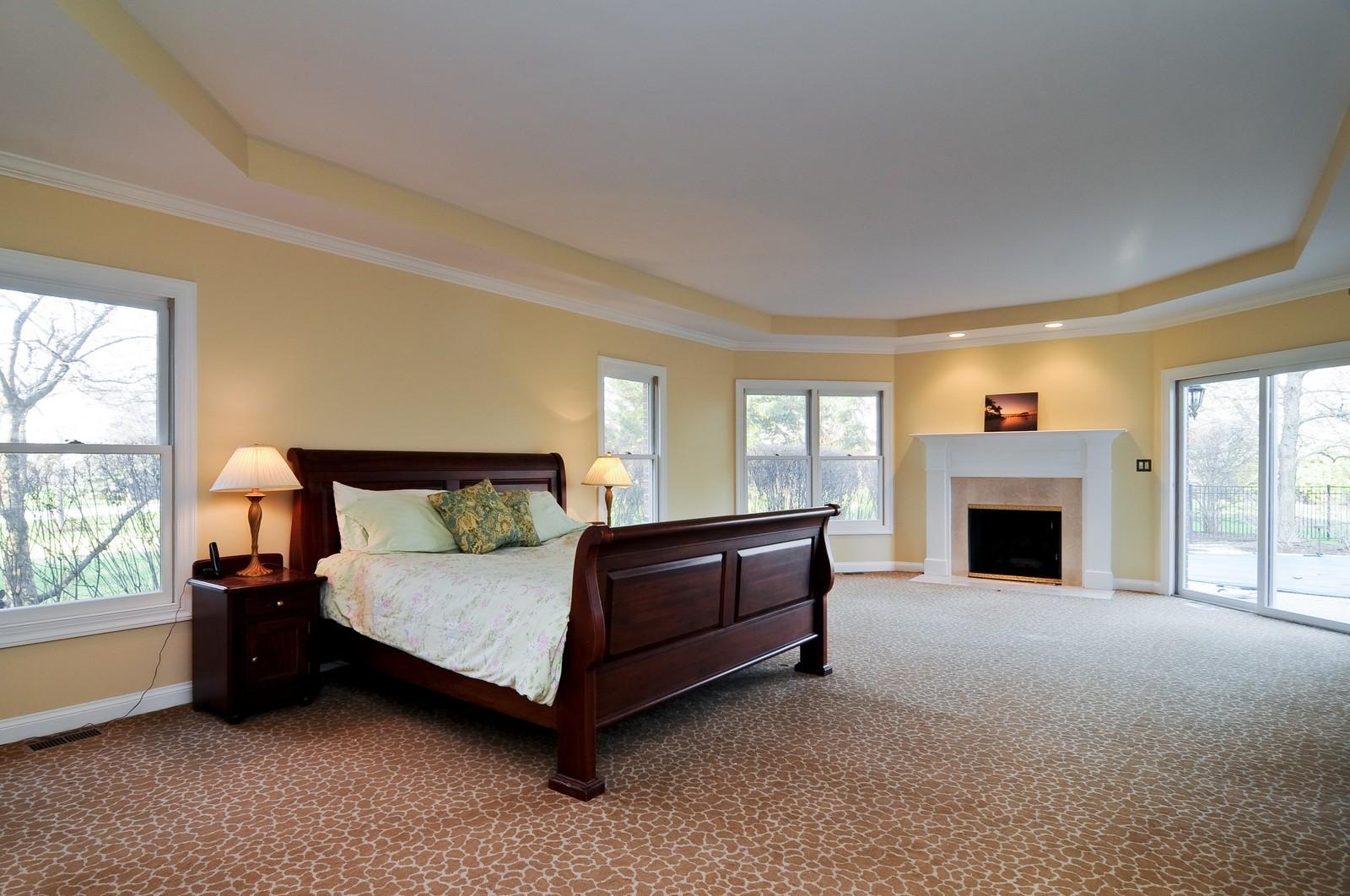 Real Estate Photography - 2091 Trenton, Libertyville, IL, 60048 - Master Bedroom
