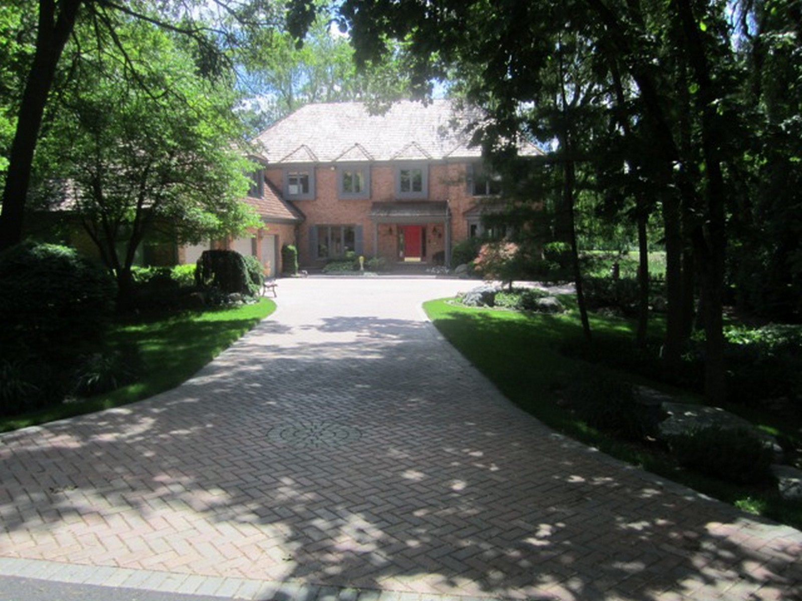 Real Estate Photography - 4736 Wellington, Long Grove, IL, 60047 - Driveway