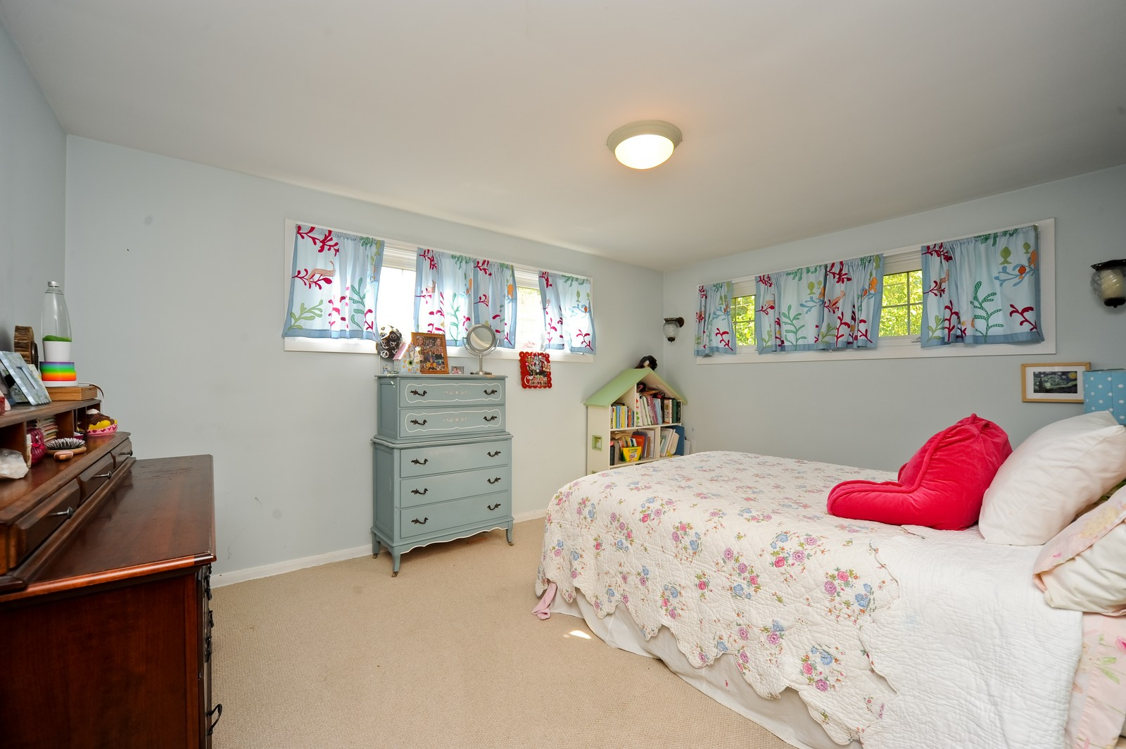 Real Estate Photography - 587 Melody, Highland Park, IL, 60035 - 2nd Bedroom