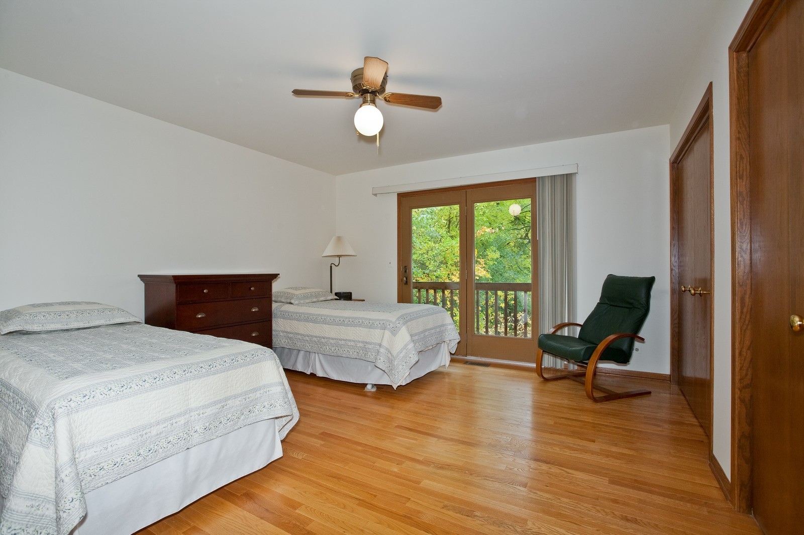 Real Estate Photography - 1831 Elmore, Downers Grove, IL, 60515 - Master Bedroom