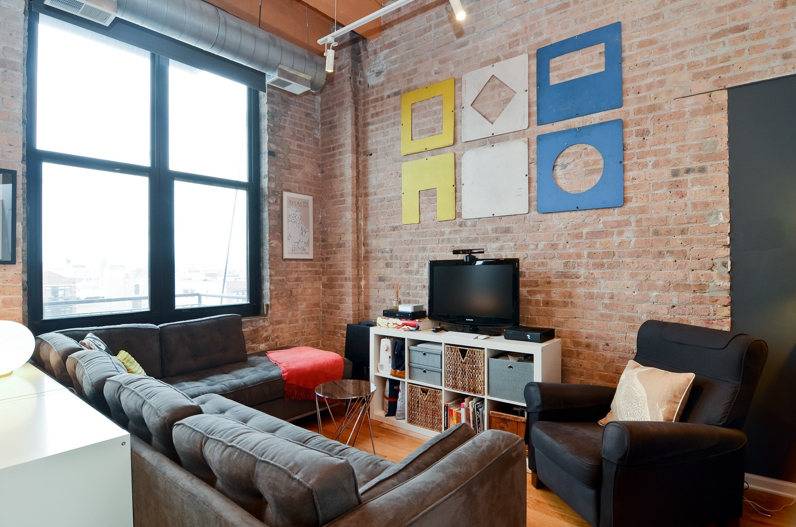 Real Estate Photography - 215 N Aberdeen, 508B, Chicago, IL, 60607 - Living Room