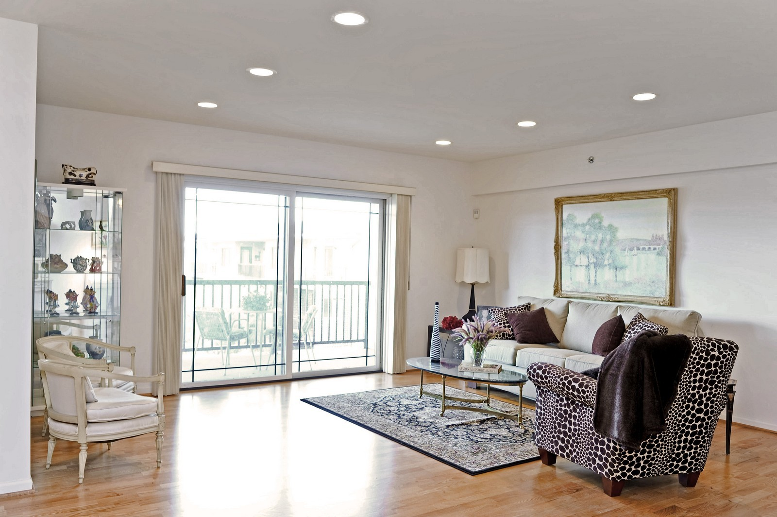 Real Estate Photography - 1700 2nd St, Highland Park, IL, 60035 - Living Room