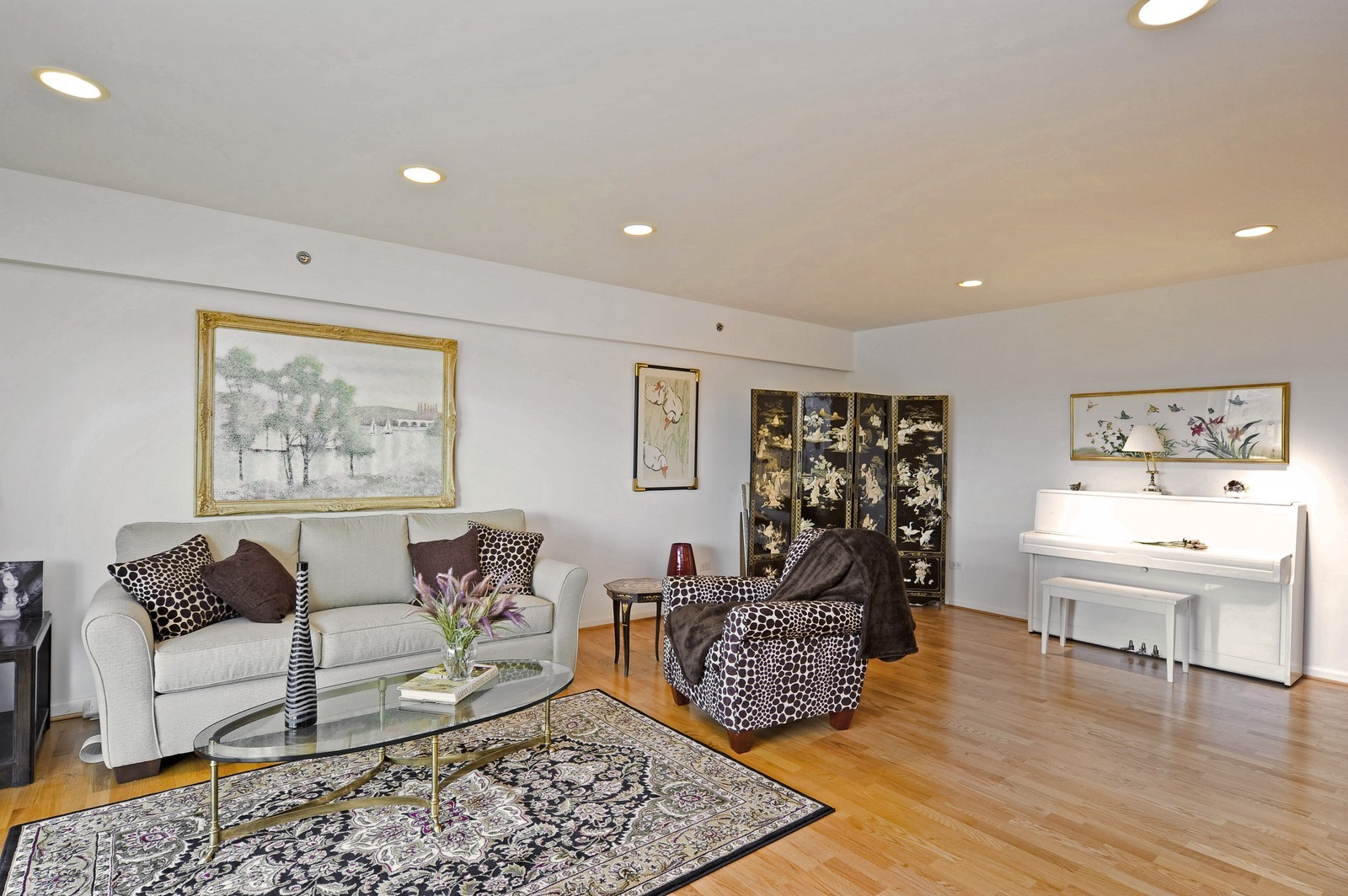 Real Estate Photography - 1700 2nd St, Highland Park, IL, 60035 - Location 1