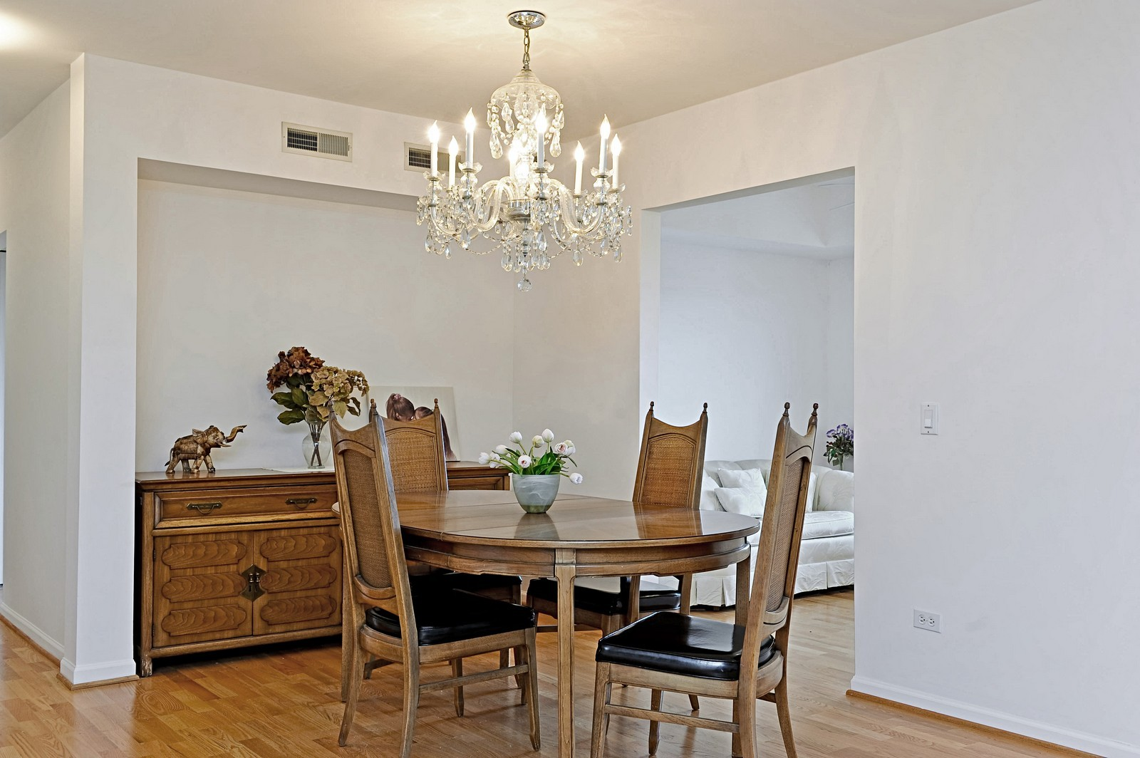Real Estate Photography - 1700 2nd St, Highland Park, IL, 60035 - Dining Area
