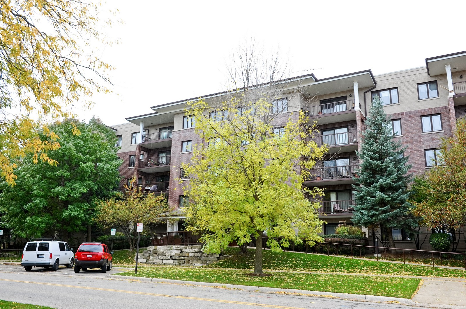 Real Estate Photography - 1700 2nd St, Highland Park, IL, 60035 - Front View