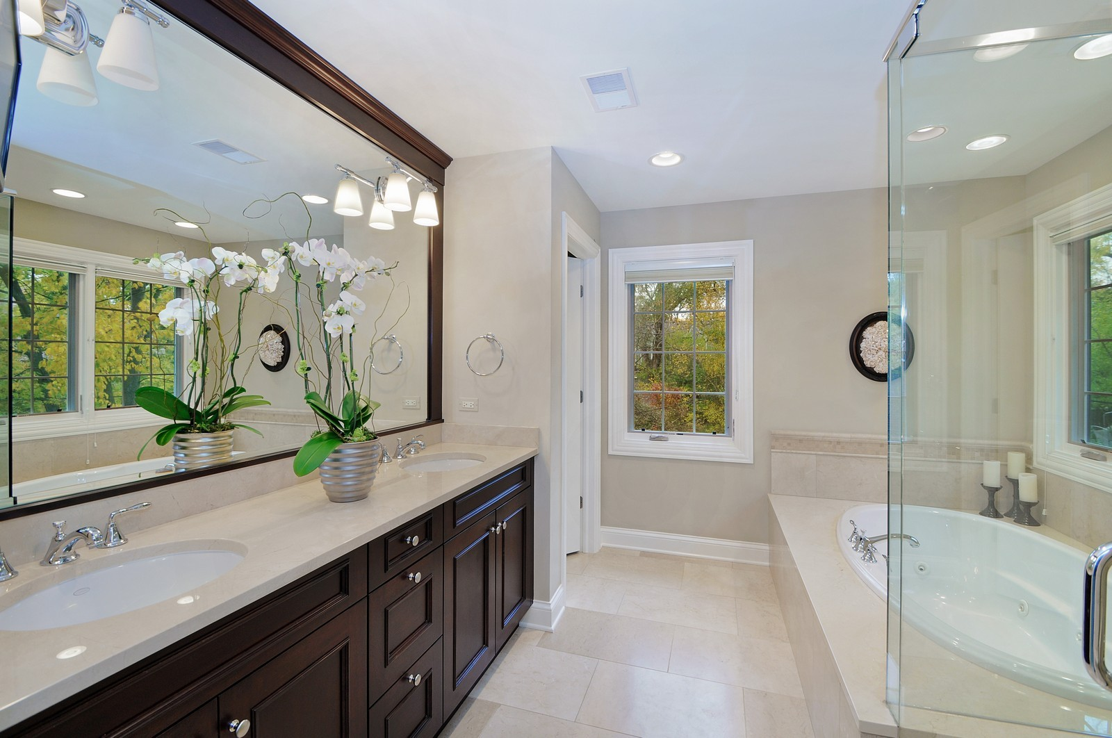 Real Estate Photography - 1789 Elmwood, Highland Park, IL, 60035 - Master Bathroom