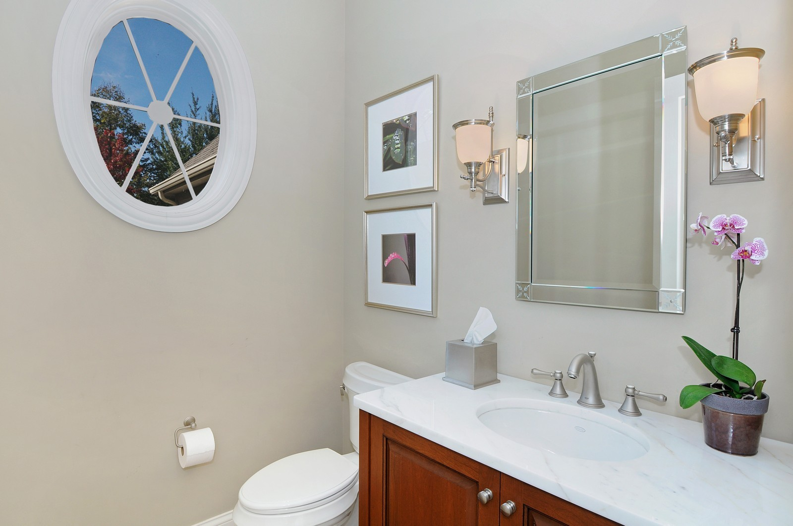 Real Estate Photography - 1789 Elmwood, Highland Park, IL, 60035 - Bathroom