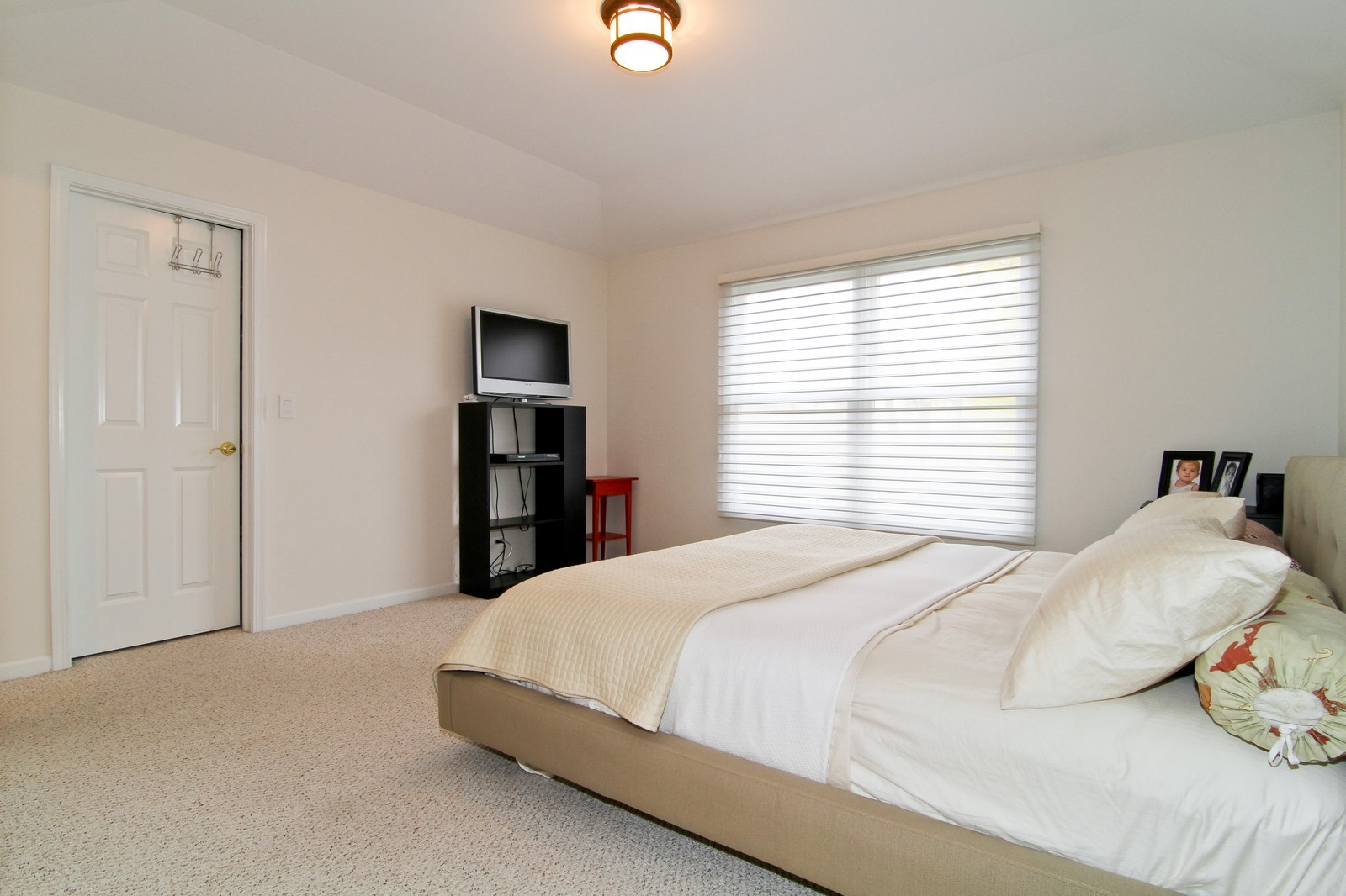 Real Estate Photography - 1N012 Mission Ct, Winfield, IL, 60190 - Master Bedroom