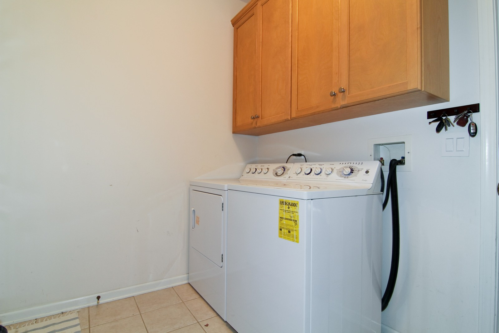 Real Estate Photography - 1N012 Mission Ct, Winfield, IL, 60190 - Laundry Room
