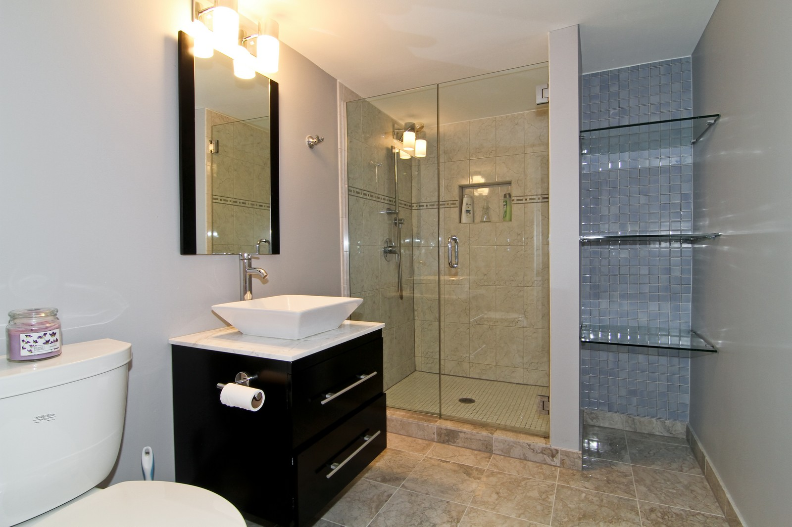 Real Estate Photography - 1N012 Mission Ct, Winfield, IL, 60190 - Bathroom