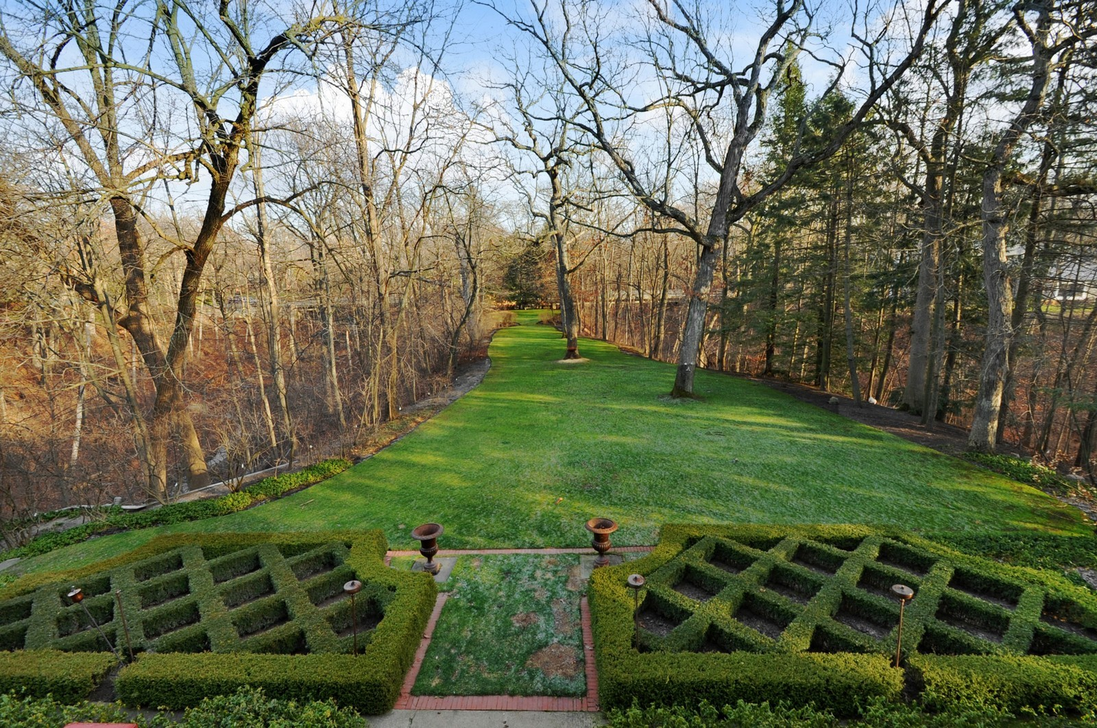Real Estate Photography - 1000 Illinois, Lake Forest, IL, 60045 - Back Yard