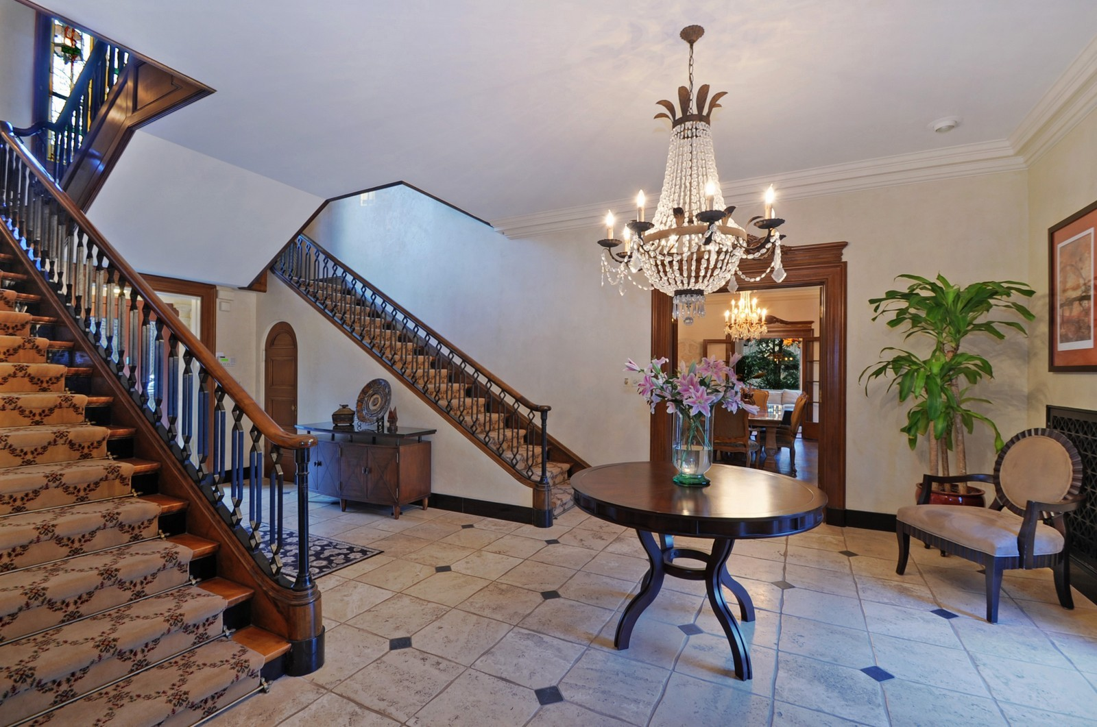 Real Estate Photography - 1000 Illinois, Lake Forest, IL, 60045 - Foyer