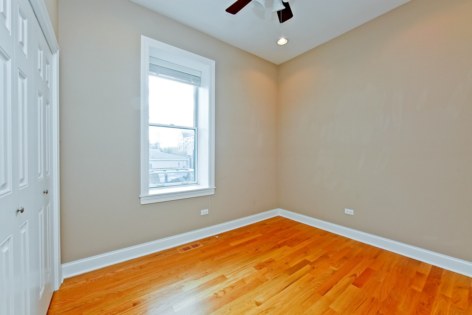 Real Estate Photography - 942 N Fairfield, Unit 1W, Chicago, IL, 60622 - Bedroom