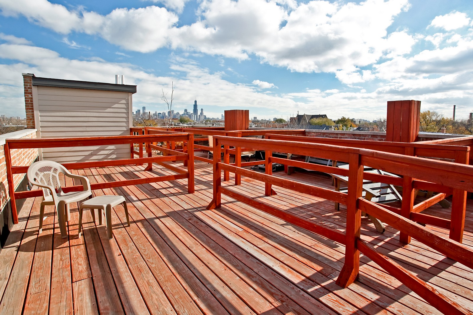 Real Estate Photography - 942 N Fairfield, Unit 1W, Chicago, IL, 60622 - Roof Deck