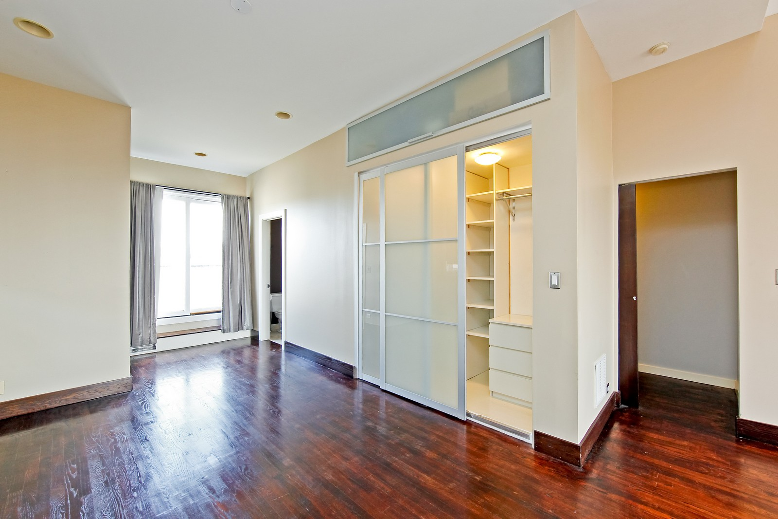 Real Estate Photography - 1017 N Wood, Unit 3N, Chicago, IL, 60622 - Master Bedroom