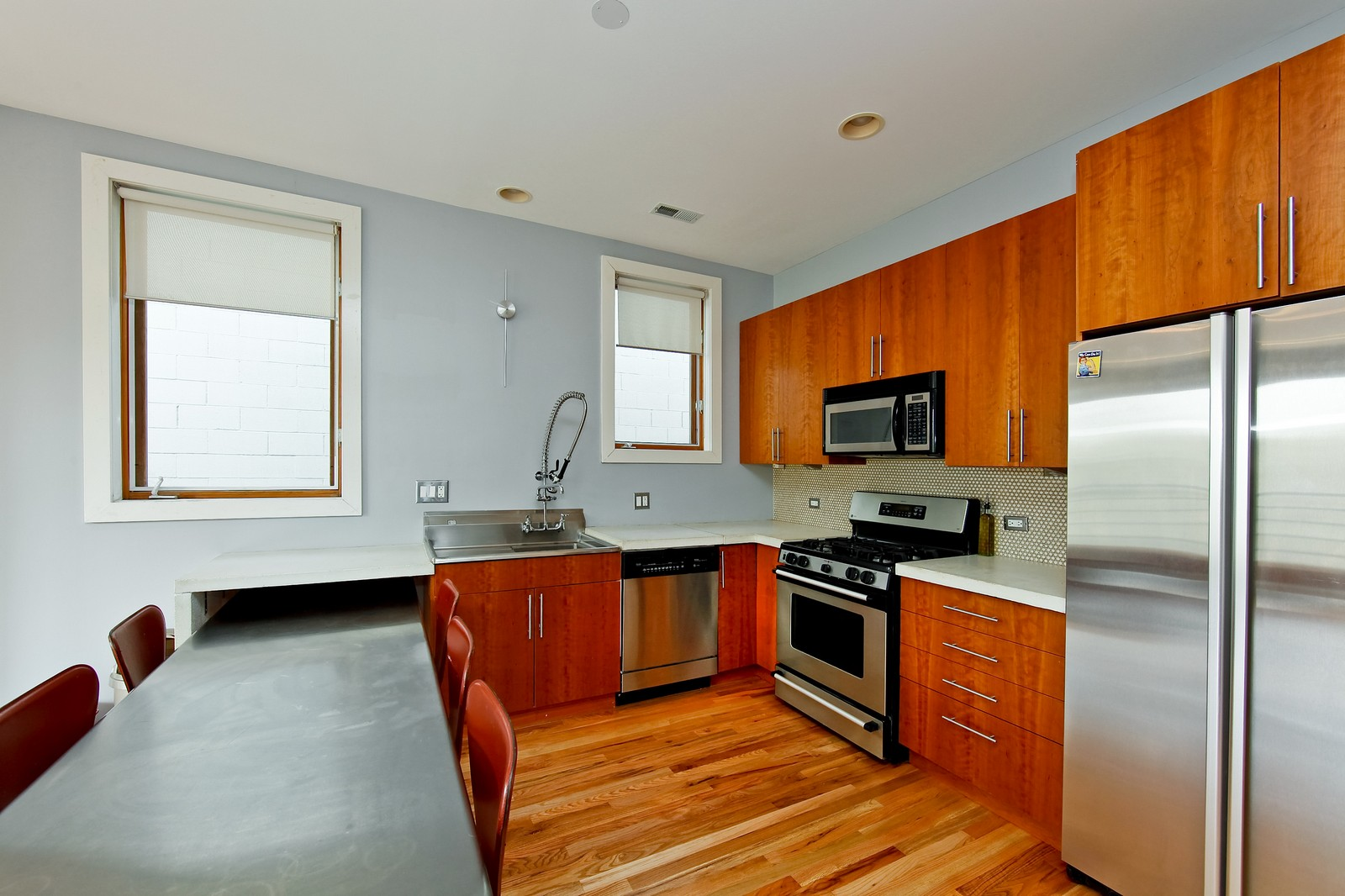 Real Estate Photography - 1017 N Wood, Unit 3N, Chicago, IL, 60622 - Kitchen