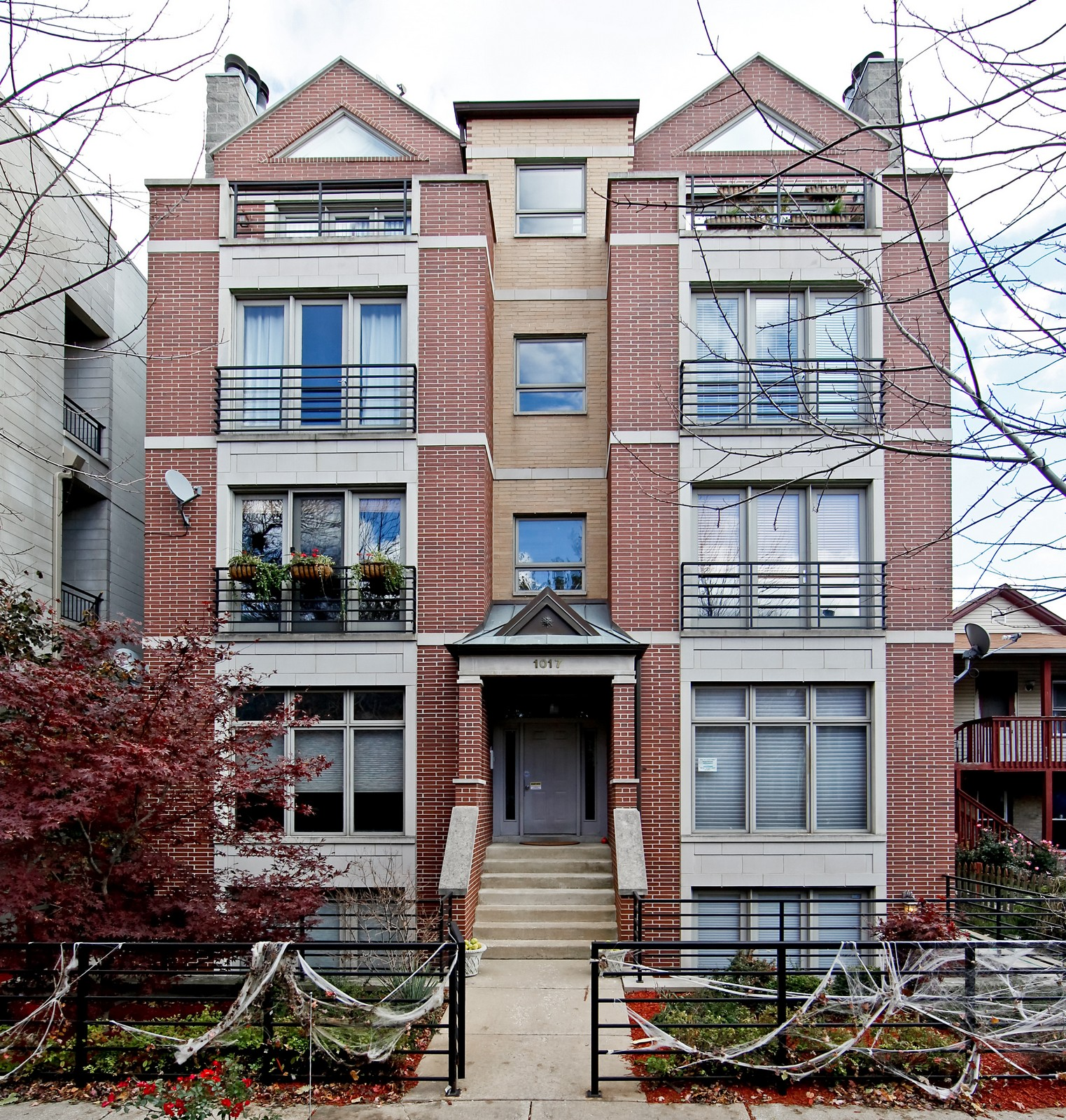 Real Estate Photography - 1017 N Wood, Unit 3N, Chicago, IL, 60622 - Front View
