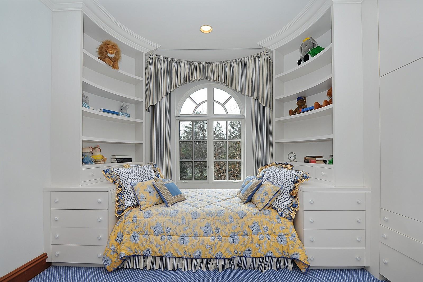 Real Estate Photography - 973 Sheridan Rd, Winnetka, IL, 60093 - 3rd Bedroom