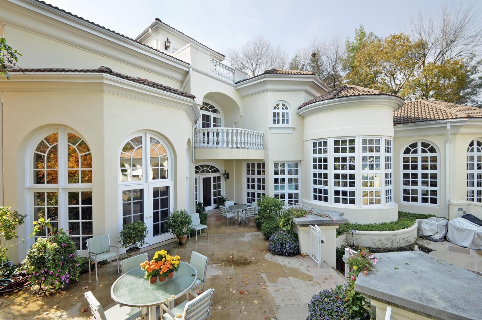 Real Estate Photography - 973 Sheridan Rd, Winnetka, IL, 60093 - Rear View