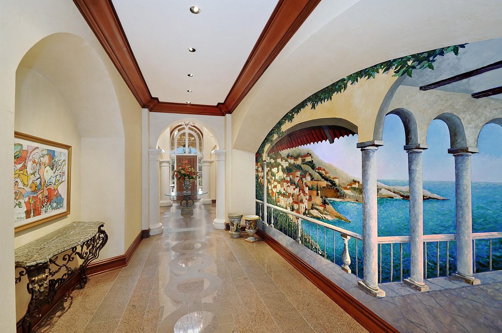 Real Estate Photography - 973 Sheridan Rd, Winnetka, IL, 60093 - Hallway