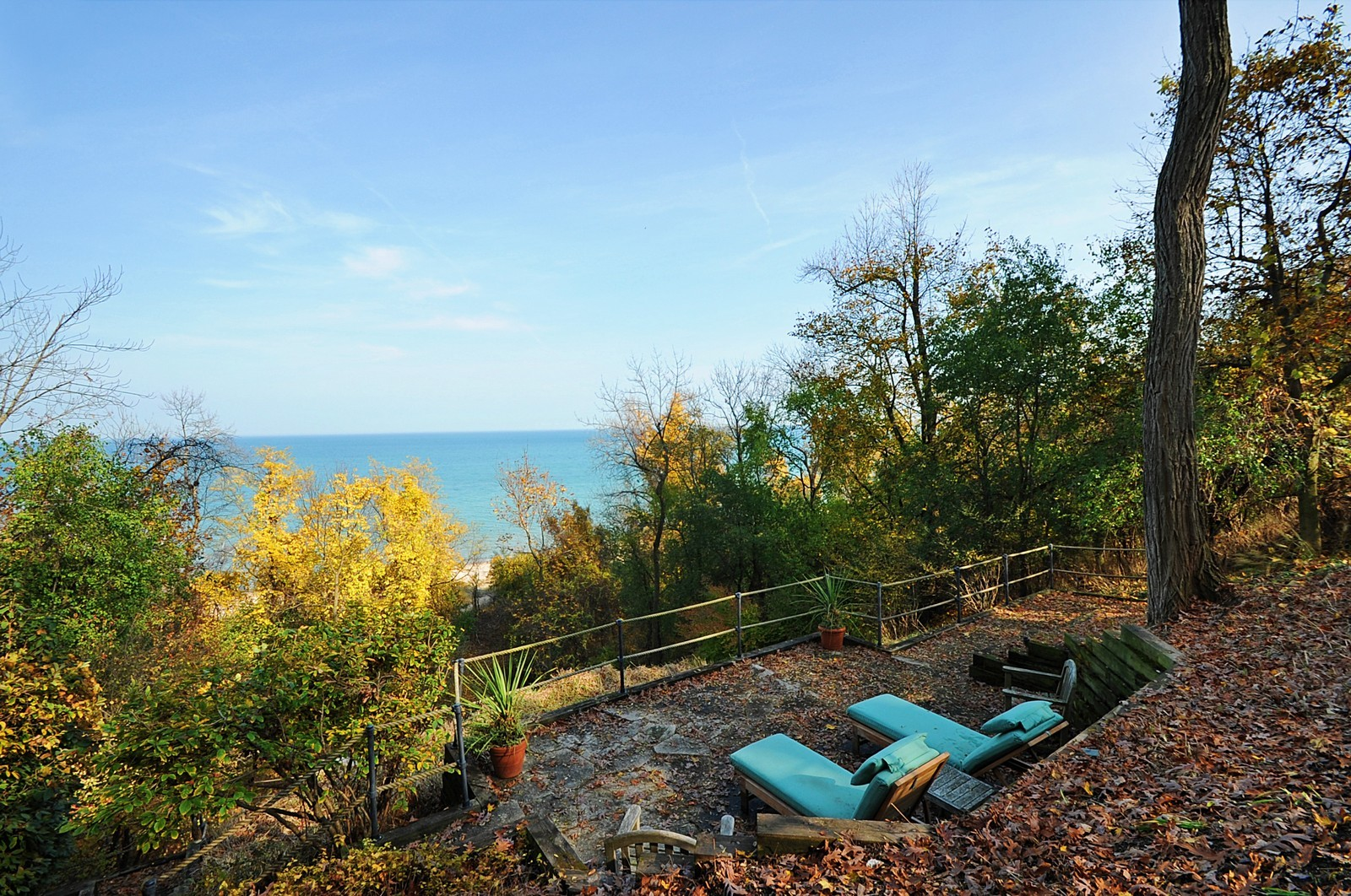 Real Estate Photography - 973 Sheridan Rd, Winnetka, IL, 60093 - Lake View