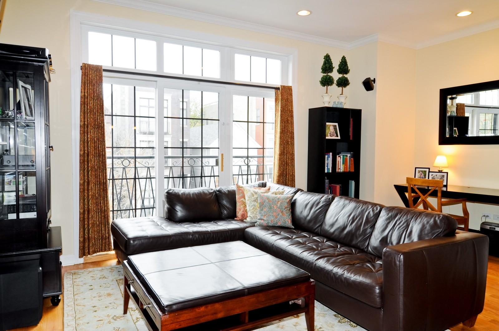Real Estate Photography - 1846 W Armitage, Unit 2E, Chicago, IL, 60622 - Living Room