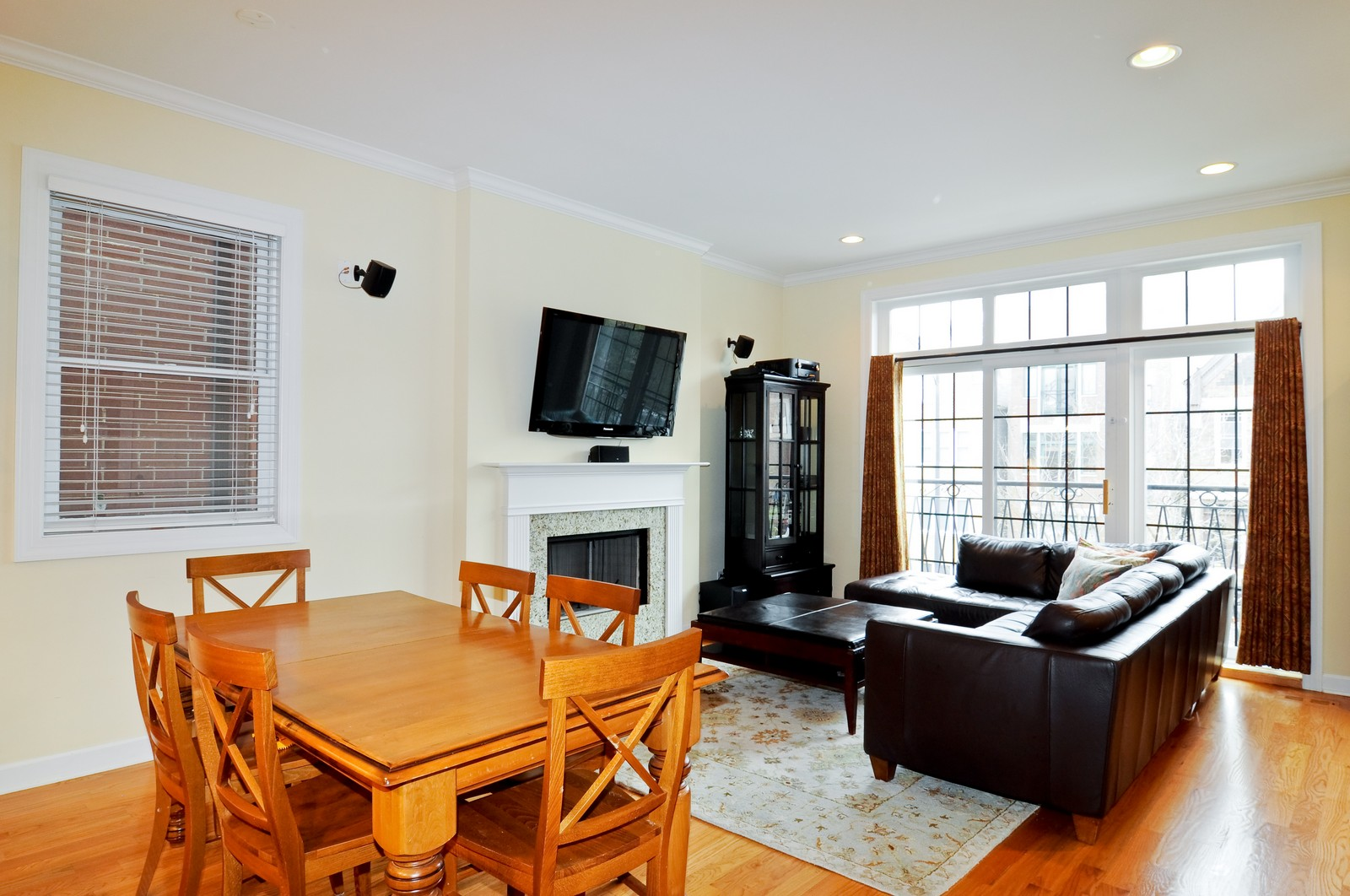 Real Estate Photography - 1846 W Armitage, Unit 2E, Chicago, IL, 60622 - Living Room / Dining Room