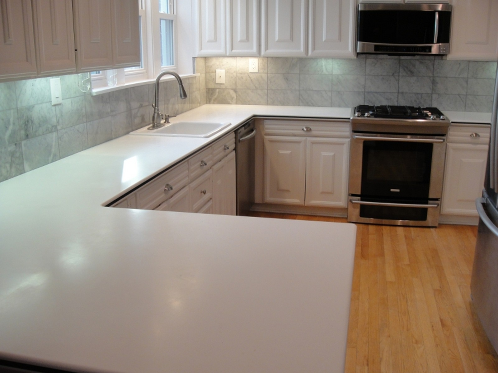 Real Estate Photography - 556 Winnetka Ave, Winnetka, IL, 60093 - Kitchen