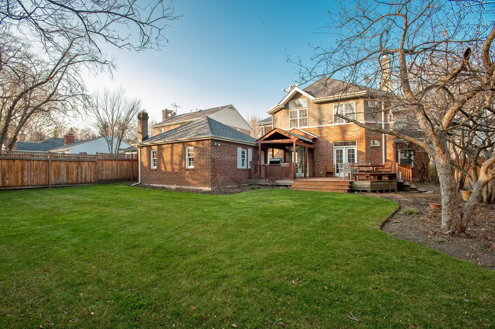 Real Estate Photography - 556 Winnetka Ave, Winnetka, IL, 60093 - Rear View