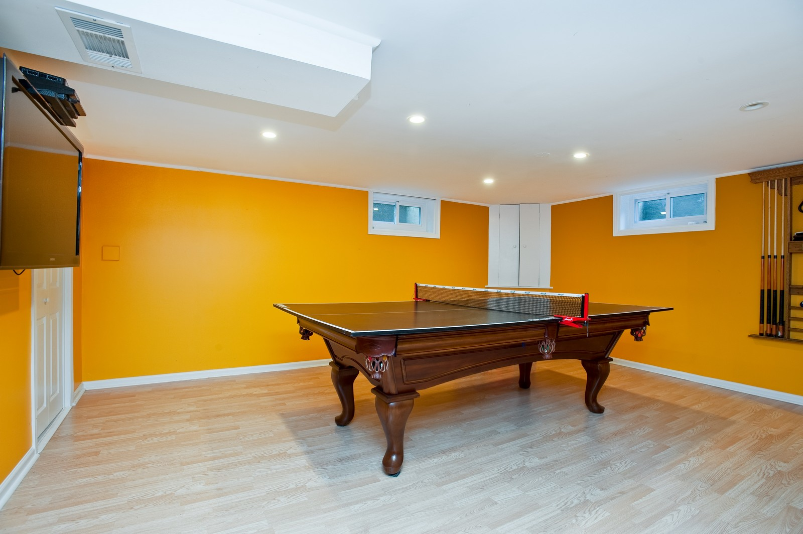 Real Estate Photography - 556 Winnetka Ave, Winnetka, IL, 60093 - Play / Recreational Room