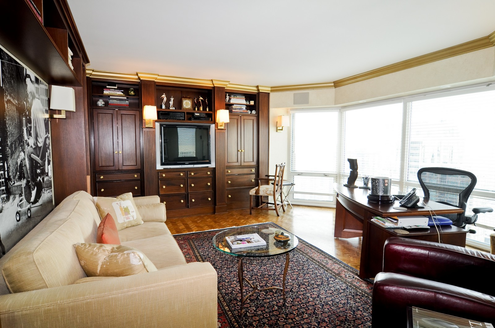 Real Estate Photography - 100 E Huron St, Apt 4201, Chicago, IL, 60611 - Den