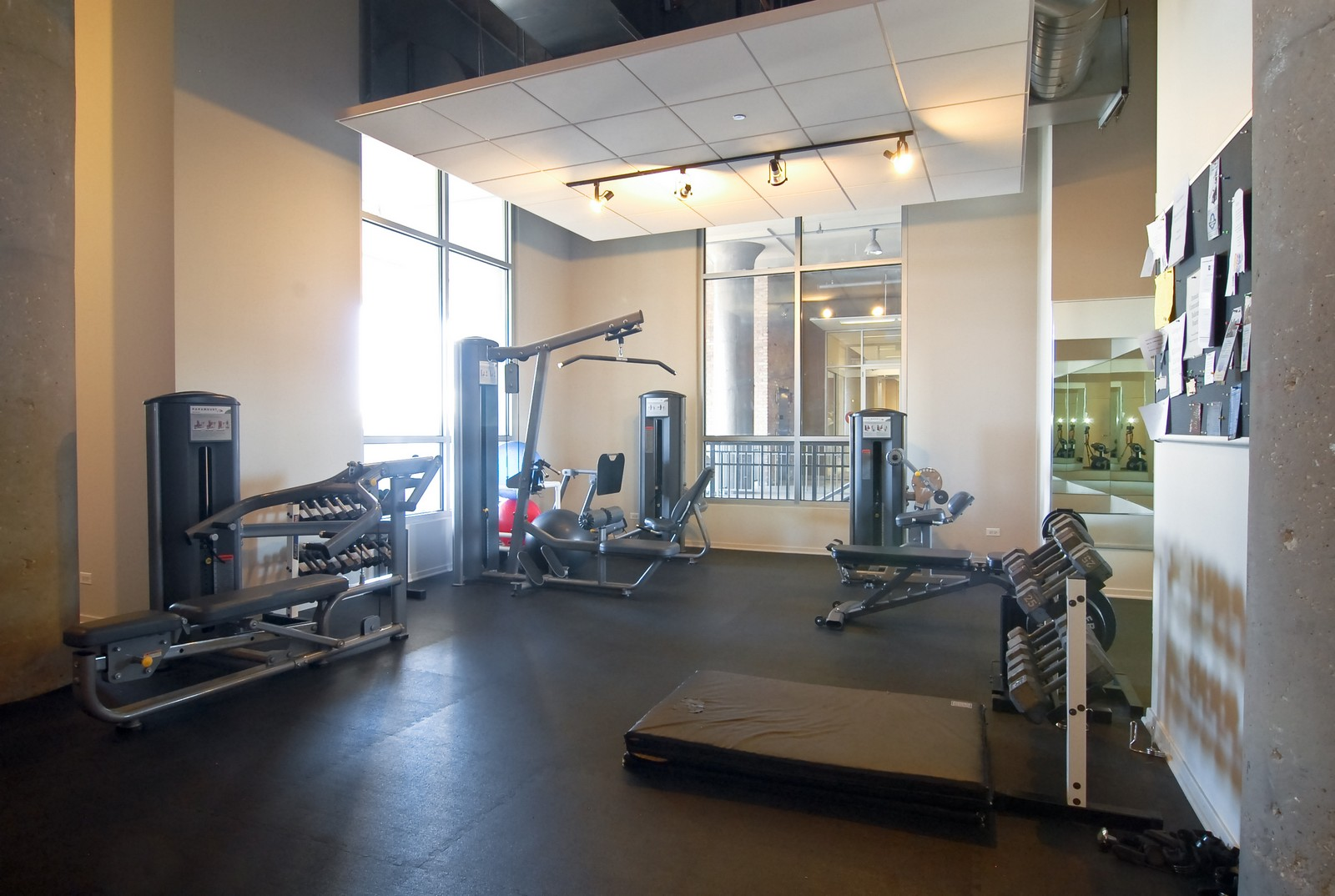 Real Estate Photography - 900 N Kingsbury, 1061, Chicago, IL, 60610 - Fitness Center