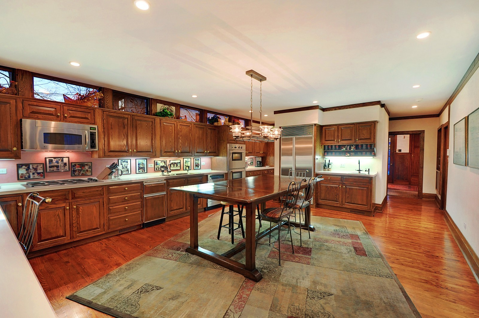 Real Estate Photography - 2700 Lincoln St, Evanston, IL, 60201 - Kitchen
