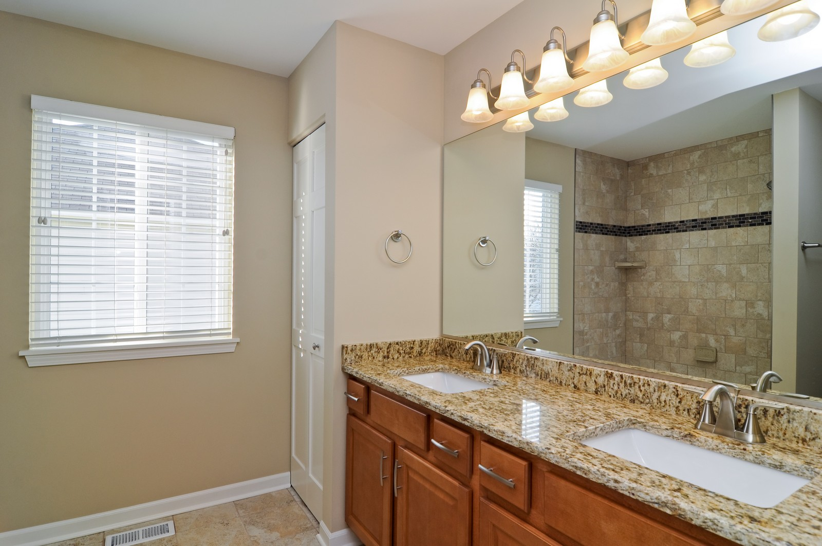 Real Estate Photography - 7394 Brentwood, Gurnee, IL, 60031 - Bathroom