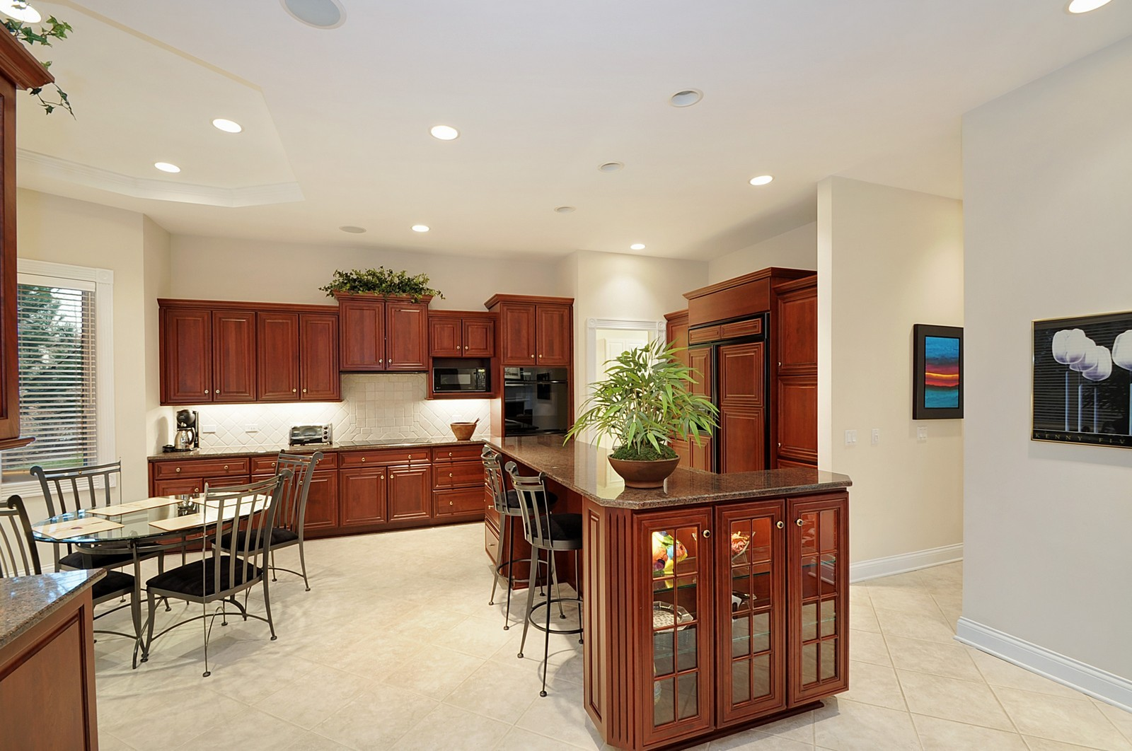 Real Estate Photography - 2516 Jasper Ct, Northbrook, IL, 60062 - Kitchen