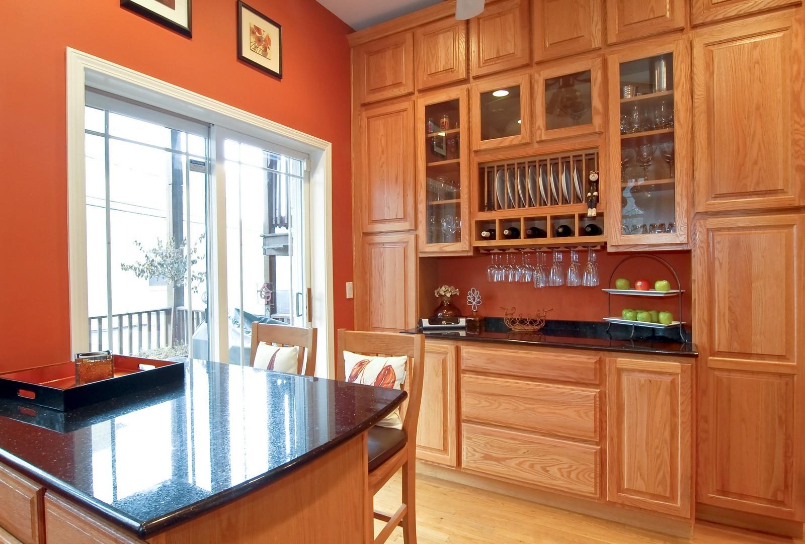 Real Estate Photography - 1901 W Armitage, Unit 1E, Chicago, IL, 60622 - Kitchen