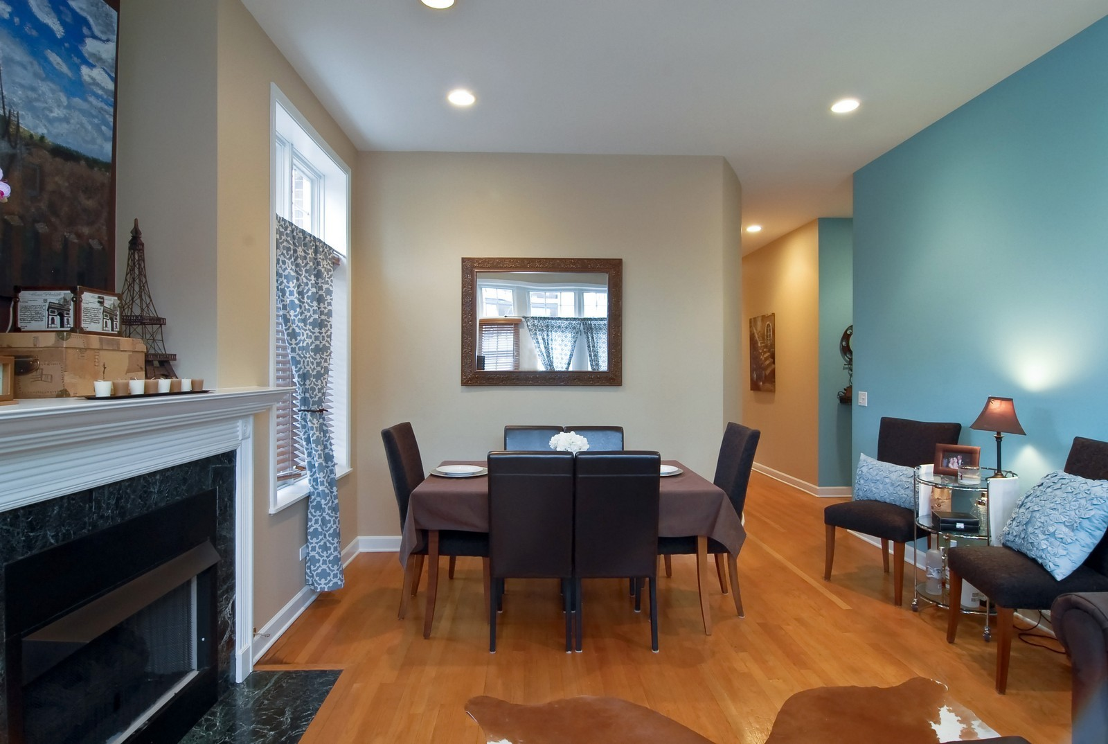 Real Estate Photography - 1901 W Armitage, Unit 1E, Chicago, IL, 60622 - Dining Room