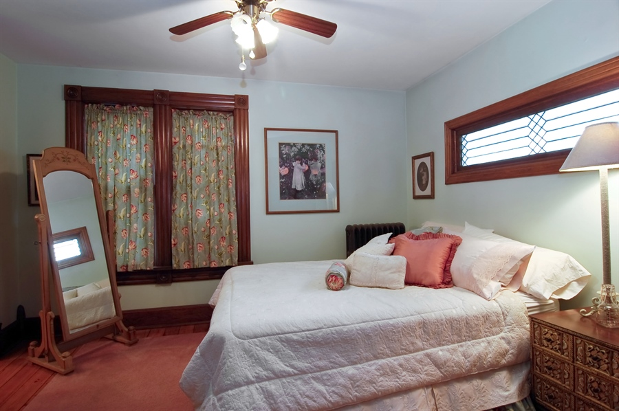 Real Estate Photography - 118 Raymond Ave, Barrington, IL, 60010 - Master Bedroom