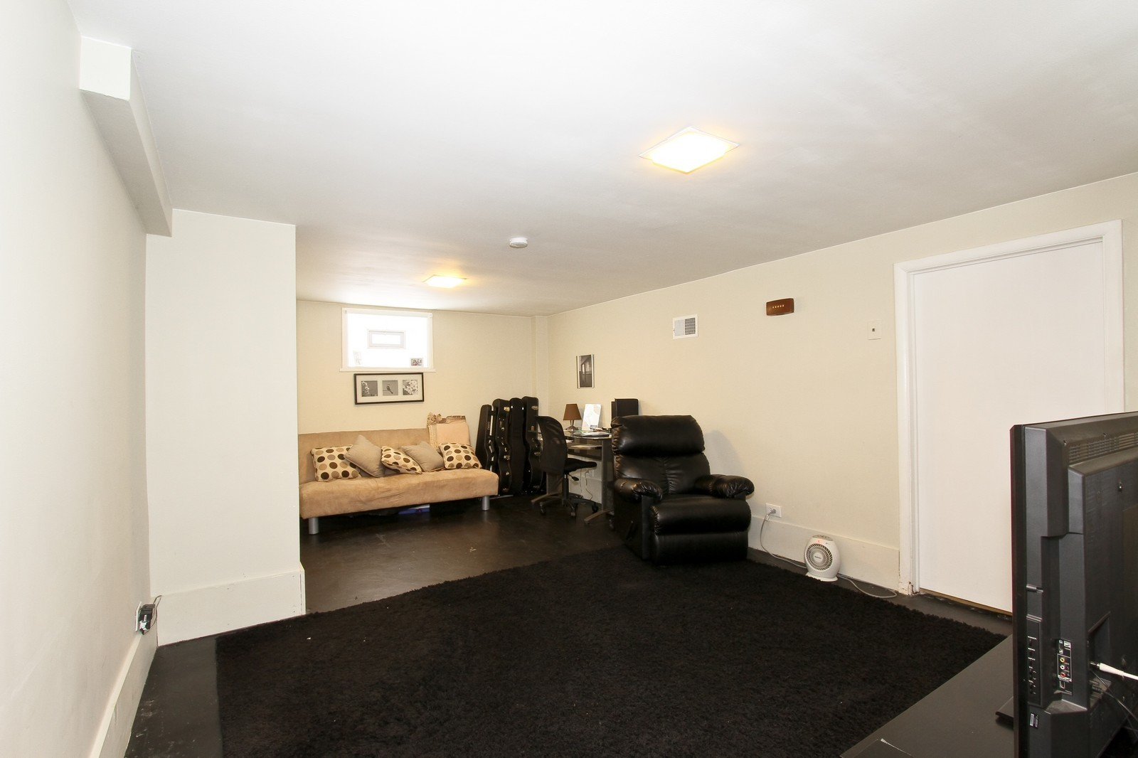 Real Estate Photography - 6053 S Menard Ave, Chicago, IL, 60638 - Family Room