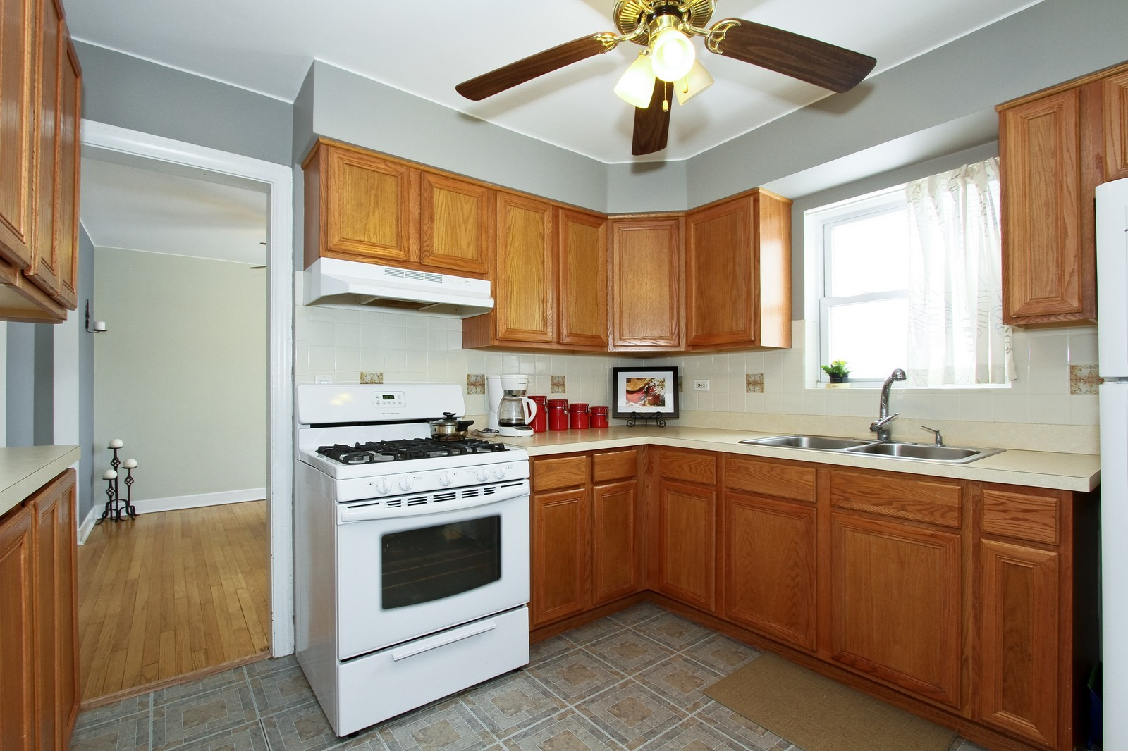 Real Estate Photography - 6053 S Menard Ave, Chicago, IL, 60638 - Kitchen