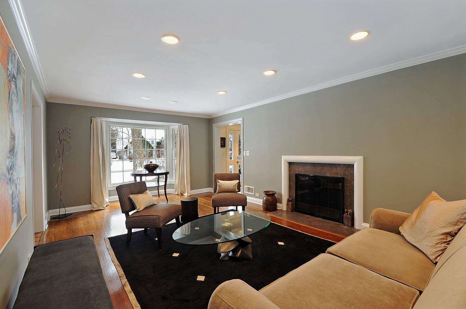 Real Estate Photography - 178 Indian Tree, Highland Park, IL, 60035 - Living Room