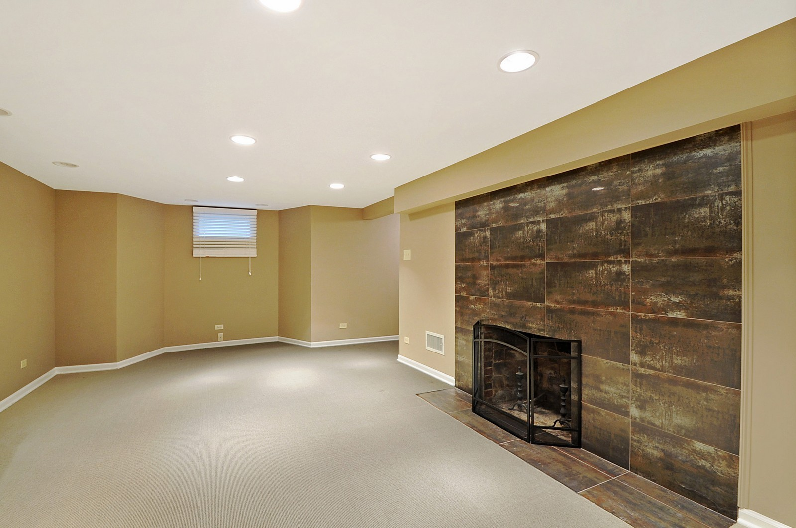 Real Estate Photography - 178 Indian Tree, Highland Park, IL, 60035 - Lower Level