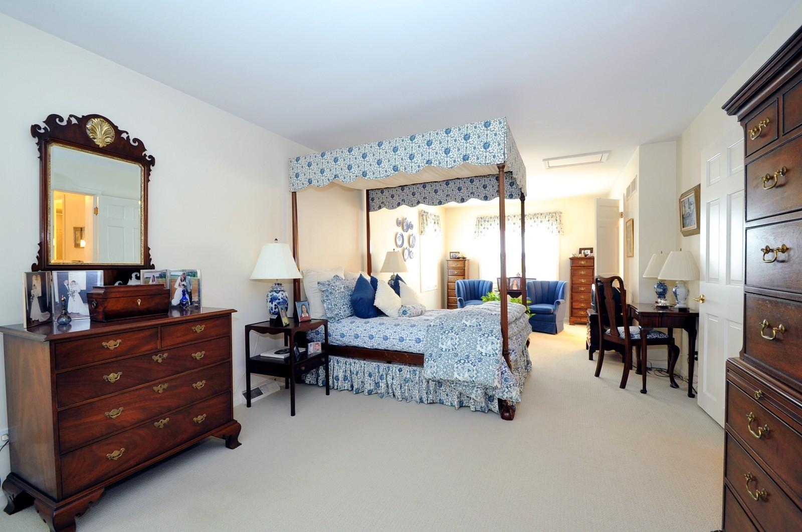 Real Estate Photography - 930 Bob O Link, Highland Park, IL, 60035 - Master Bedroom